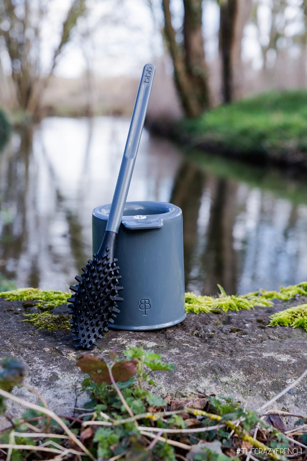 Brosse WC innovante et éco-conçue – BBB La Brosse – Gris orage